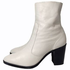 Schutz Carini White Leather Heeled Shorty Boots 9